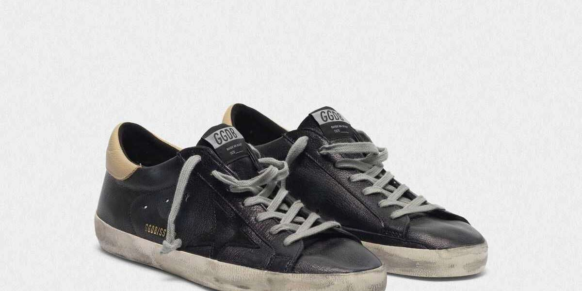 Golden Goose Sneakers Outlet Gal