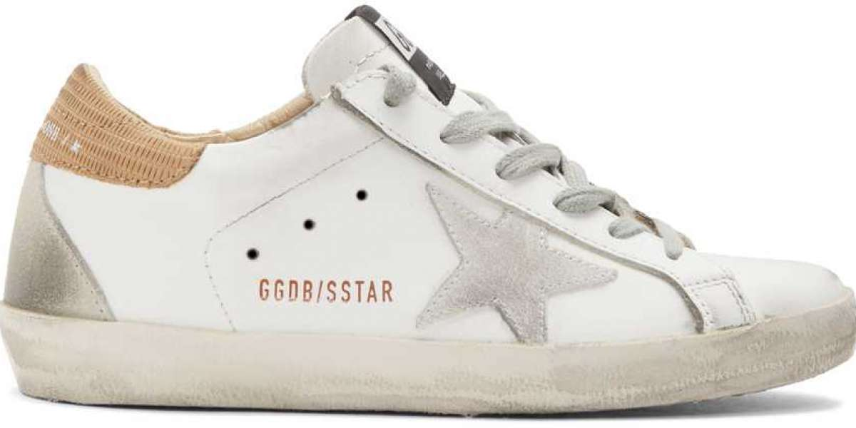 Golden Goose Sneakers one